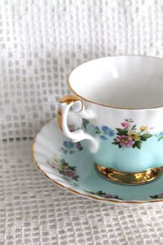 royal albert - teal teacup and saucer China Cups And Saucers, China Tea Cups, Teapots And Cups, Vintage Dishes, Vintage Tea, Vintage China, Royal Albert, Tea Service, My Cup Of Tea