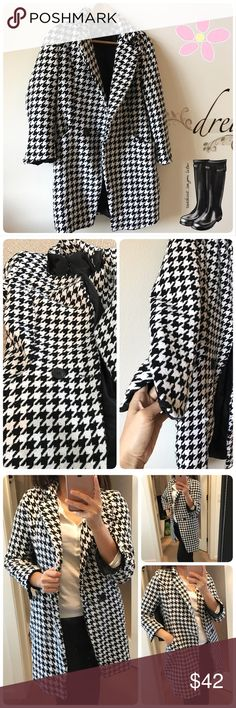🌼Weekend SALE🎈$42✂️Beautiful coat Beautiful coat. Tag in size M but the fitting is smaller. Very comfy and trendy. Gently worn couple times. In very good condition. Jackets & Coats