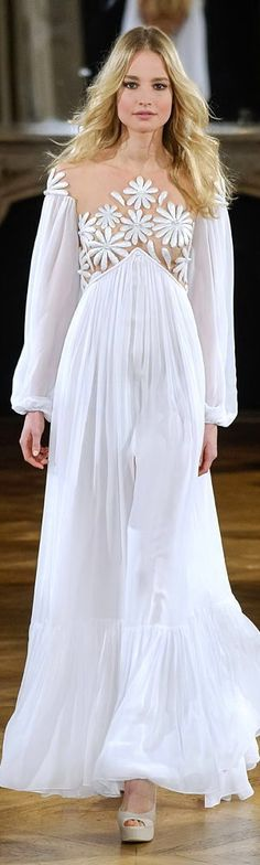 Yanina Spring/Summer 2015 Haute Couture Fashion Show - Paris