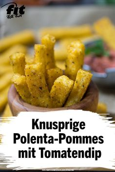 Crispy polenta fries with tomato dip recipe - FIT FOR FUN - Attention, risk of addiction! Have you ever tried polenta? Vegan Appetizers, Vegan Snacks, Yummy Snacks, Crispy Polenta, Polenta Fries, Dip Recipes, Healthy Recipes, Snacks Sains, Clean Eating Snacks