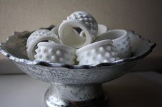 Vintage Fenton Hobnail Milk Glass Napkin Rings Set of 8 Fenton Milk Glass, Fresh Milk, Glass Dishes, Carnival Glass, Glass Collection, Antique Glass, Vintage Glassware, Napkin Rings, A Table