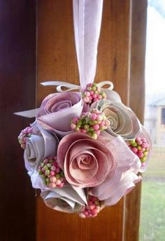 Ball of Paper Roses Valentine Ornament. These would make nice wedding or shower decorations. Felt Flowers, Diy Flowers, Fabric Flowers, Paper Flowers, White Flowers, Rose Crafts, Flower Crafts, Crafts To Make, Diy Crafts