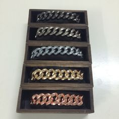 NEW! The fabulous metal bracelets in 5 colors #TheRubz!