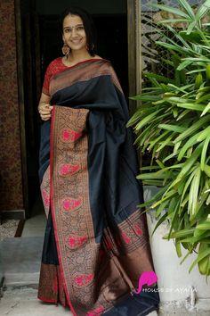 Silk Saree Kanchipuram, Raw Silk Saree, Pure Silk Sarees, Banaras Sarees, Black Blouse Designs, New Saree Designs, Bridesmaid Saree, Lehenga Saree Design, Silk Sarees Online Shopping