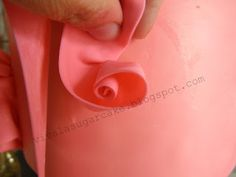 """Viva La Cake I Blog: How to: """"Fondant Ruffle Roses"""""""