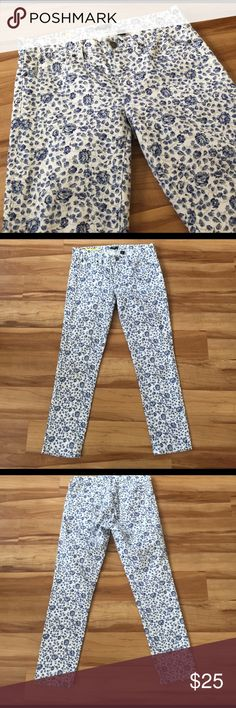 J.Crew toothpick floral jeans ankle length size 28 Excellent condition, worn only one time. Size 28. They have a 27 inch inseam J. Crew Jeans Skinny