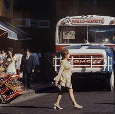 Resultado de imagen para recorridos micros antiguas santiago Old Pictures, Mexico, Nyc, Celebrities, Vintage, Memories, Train Drawing, Maps, Historical Photos