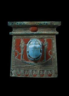 Pectoral Necklace, Dyn 19/ 20.  © Foto: Ägyptisches Museum und Papyrussammlung der Staatlichen Museen zu Berlin - Preußischer Kulturbesitz