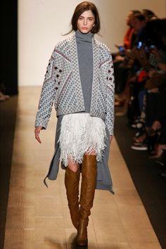 La collezione donna Fall Winter 2015-2015 BCBG Max Azria alla New York Fashion Week