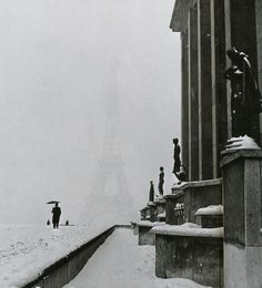 Lee Miller,the veiled eiffel tower from the palais de chaillot, paris, 1944