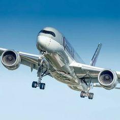 Qatar Airways ✈️Aircraft: Airbus A350