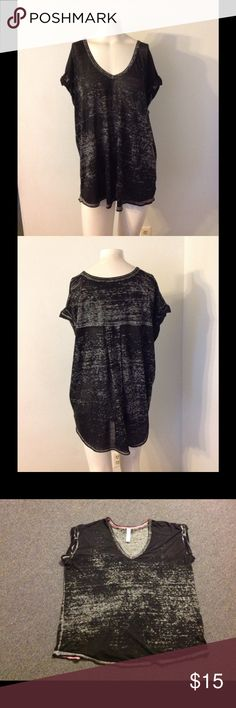 FP Beach Black Oversized Thin Boxy Top M FP Beach black print top. Fabric is thin and slightly sheer. Oversized and stretchy. Size Medium - nice condition. Free People Tops