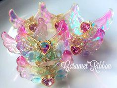 キャラメルリボンゆぅ♡♡♡(@caramelribbonvv)さん | Twitter Kawaii Jewelry, Kawaii Accessories, Cute Jewelry, Resin Jewelry Making, Magical Jewelry, Diy Resin Crafts, Resin Charms, Cute Charms, Fantasy Jewelry