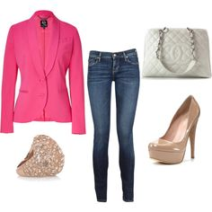 Where I would wear this... who knows. but its pretty