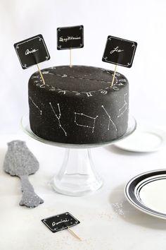 Zodiac Constellation Cake   Sprinkle Bakes