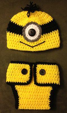 Crochet Newborn Hat and Diaper Cover by 2Legit2KnitCrochet on Etsy