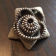 Zip Flower Brooch/Hairpin
