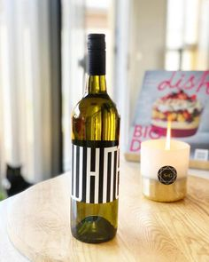 White Stripes is a project by winemakers Nina Stocker and Callie Jemmeson. It's based on 5 principal 'passions' - wine, music, friends, family and food. Pinot Gris, Fresh Apples, Pink Grapefruit, Shades Of Yellow, Peach, Stripes, Wine, Dishes, Bottle