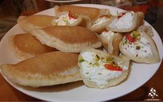 Yummy Atayef for Berbara! Arabian Food, Lebanese Recipes, Lebanon, Foodies, Fruit, Desserts, Cooking, Kitchens, Arabic Food