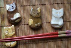 cat chopstick holder