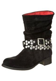 762678ef545 32 besten Shoes 4 me Bilder auf Pinterest | Cowboy boot, Cowboy ...