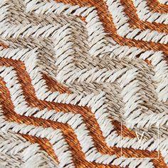 Sacred geometry in our copper #VerdiWeaves    #VerdiDesign #WeavingIntoNature #Metal #NaturalFiber #Rugs #Copper #Handmade #MadeInColombia #Handcrafted #Metallic #Carpet #Textiles #Weaves #Bespoke #BespokeRug #Design #Interior #InteriorDesign #Art #Architecture #InteriorArchitecture