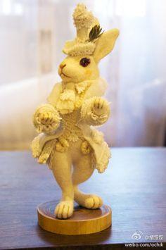 Felt needle - Aristocratic bunny
