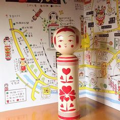 Dreaming of a kokeshi life in Naruko onsen! Red kokeshi by Yoshida Katsunori. #kokeshi #kokeshidoll #heart #red #woodendoll #japan #tourism #japantrip #tohokutrip #naruko #narukoonsen #map #illustration