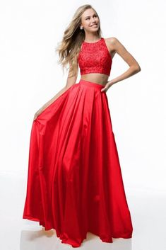 Sherri Hill dresses are designer gowns for television and film stars. Find out why her prom dresses and couture dresses are the choice of young Hollywood. Designer Prom Dresses, Designer Gowns, Prom Dress Couture, Taffeta Skirt, Prom Dresses Two Piece, Sherri Hill, Buy Dress, Beautiful Gowns, A Line Skirts