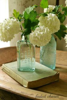 .Vintage Floral