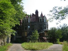 haunted castles in ny | ... overlook mansion castle little falls ny herkimer county in upstate ny