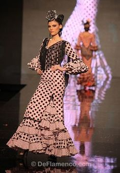 Spanish Costume, Flamenco Costume, Polka Dots, Barbie, Stripes, The Incredibles, Costumes, Photography, Beautiful