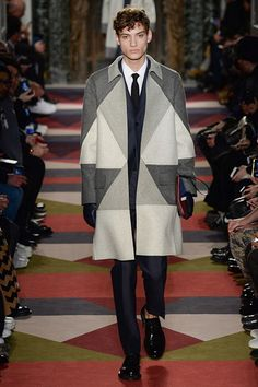 http://www.style.com/slideshows/fashion-shows/fall-2015-menswear/valentino/collection/1
