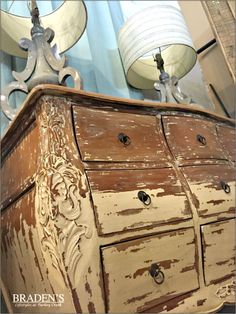 Furniture in Knoxville - Accent Chest - Distressed Furniture - Knoxville Home Décor - Home Interiors - Knoxville Interior Design - The Design Center at Braden's - Braden's Lifestyles Furniture