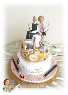 """Golden wedding cake """"50's of passions"""""""