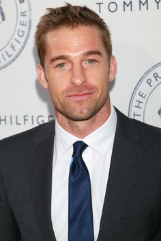 Pictures & Photos of Scott Speedman Animal Kingdom Tv Show, Gorgeous Men, Beautiful People, Scott Speedman, Marriage Material, Fall Tv, Hot Actors, Hollywood Star, Mens Fashion Suits