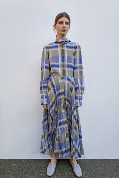Joseph Pre-Fall 2018 Fashion Show Collection