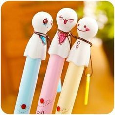 Each of these Ghosties Gel Pens have an unforgettable expression on them! They are the cutest little ghosts in town. These ghosties are easy to write with with an extra fine tip point, and its cute ro Stationary Supplies, Cute Stationary, Kawaii Pens, Kawaii Cute, Cute School Supplies, Office Supplies, Cute Pens, Kawaii Stationery, Cute Japanese