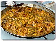 Paella Valenciana, la de verdad! Que no os engañen... xD Spanish food!
