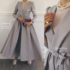 Sold Out! - Tesettür Kaban Modelleri 2020 - Tesettür Modelleri ve Modası 2019 ve 2020 Abaya Fashion, Muslim Fashion, Modest Fashion, Fashion Dresses, Estilo Abaya, Hijab Gown, Casual Chique, Hijab Casual, Mode Abaya