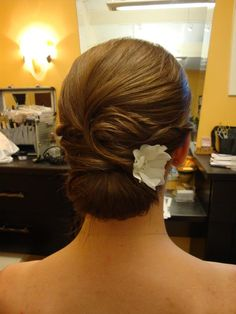 Love this hair up-do - it's like the one I had at Alyssa's wedding.