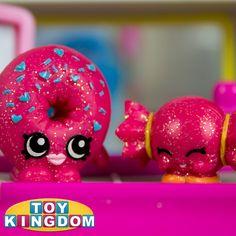 D'lish Donut and Mandy Candy glitter Shopkins from Shopkins Series 1 http://youtube.com/user/ToyKingdom #shopkins #shopkin #shopkinsworld #cute #kawaii #toys #toykingdom #glitter #glittershopkins