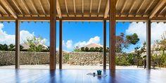 沖縄「竹富島」の憧れ高級ホテルで!心をクリーニングする旅にでない? | RETRIP