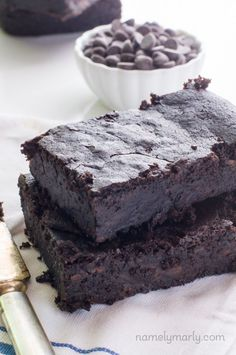 You will be swooning for these Vegan Fudgy Black Bean Brownies, made with less than 10 ingredients. They're easy, delicious, and even healthy too!