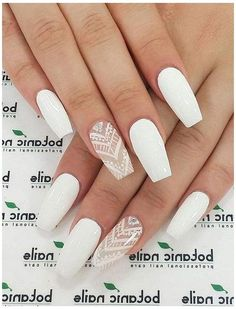 Acrylic Nails Coffin Short, White Acrylic Nails, Almond Acrylic Nails, White Nail Art, Summer Acrylic Nails, Best Acrylic Nails, White Coffin Nails, Matte White Nails, Matte Red