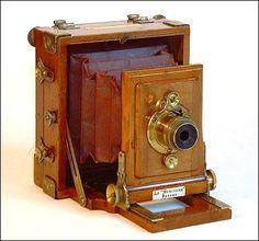 Old antique camera: Le Meritoire Camera c1884 J. Lancaster & Son, Birmingham, England