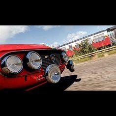 Vergeblicher Zug - Schlagen Sie in einem Horizon-Schaurennen den Zug. #forzahorizon2 #forza5 #xboxone #xbox #gaming #gamer #achievement #racing #happy #l4l #awesome #followme #bmw #mercedes Xbox One, Antique Cars, Gaming, Train, Vintage Cars, Videogames, Game