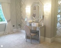 Konsola Toaletka lustrzana nowoczesna w stylu Glamour PATRICIA - zdjęcie od PRIMAVERA-HOME.COM - Sypialnia - Styl Nowojorski - PRIMAVERA-HOME.COM