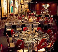 {Fashion Shoot: Vintage Glamour at Nashville's Hard Rock Café} || The Pink Bride www.thepinkbride.com || Image by Candice Jones Photography, featured in the Summer 2013 Nashville Pink Bride Magazine issue. || #nashville #tennessee #wedding #hardrockcafe #weddingceremony #weddingreception #styledshoot