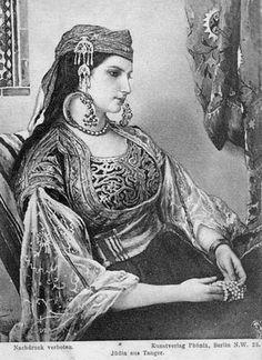 Africa Jewish woman from Tangier, Morocco ©Kunstverlag Phönix, Berlin. Spanish Gypsy, Gypsy Girls, Jewish Art, Belly Dancers, My Heritage, North Africa, Historical Clothing, African Women, Moroccan